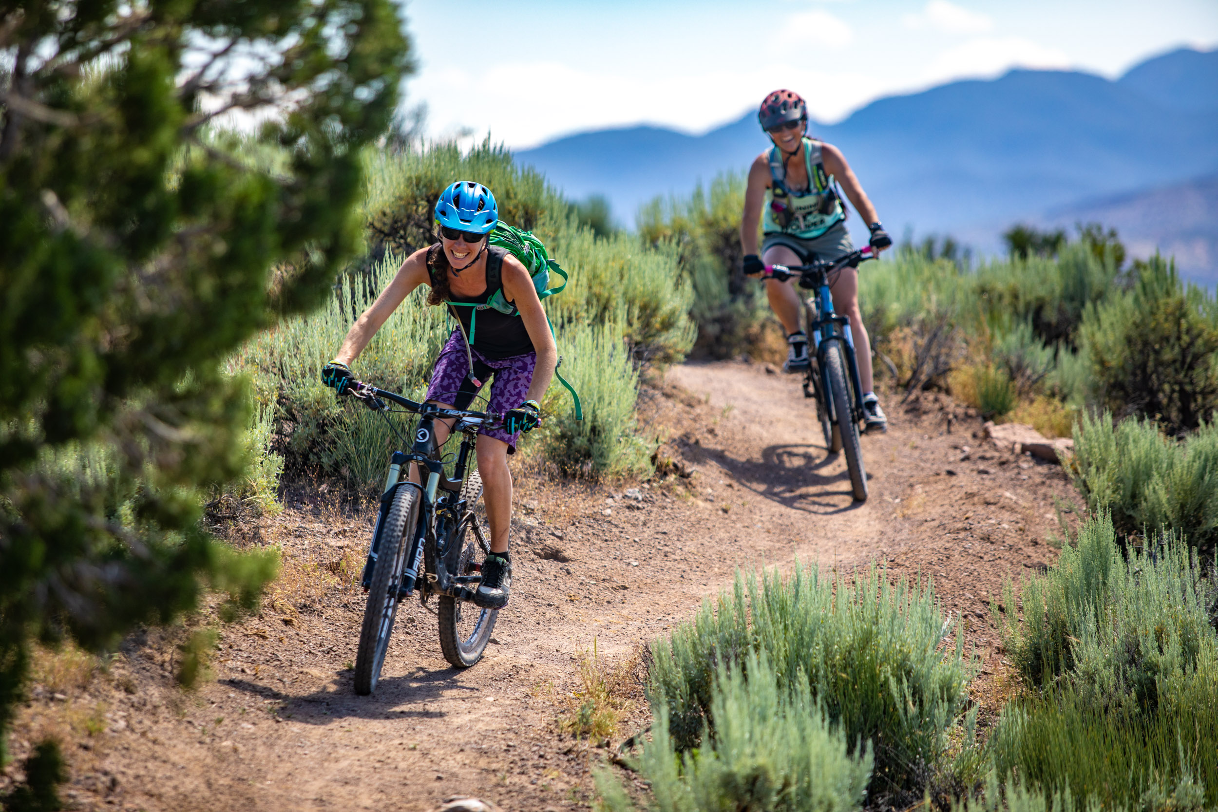 Mountain Biking women